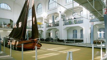 """Sonderausstellung """"Bäderarchitektur"""" im Binnenschifffahrtsmuseum Duisburg"""
